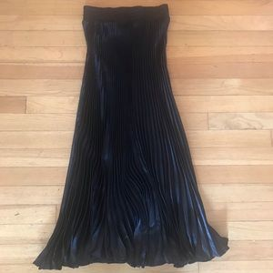 New sweet and sexy Long Black Satin pleated Skirt